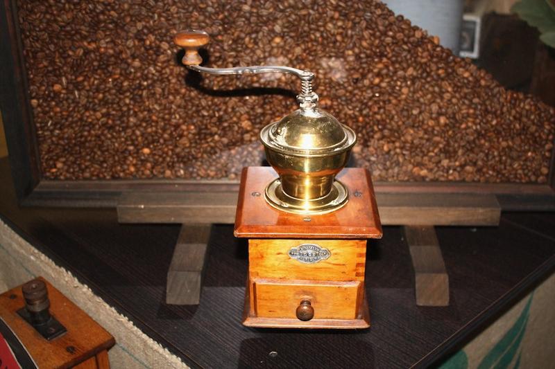 CDA_Alte-Kaffeemuehle